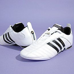 Adidas Ultra III Martial Arts Shoes, Size 6 1/2 Shoes