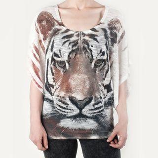 Tabeez Womens Rhinestone Tiger Sweater