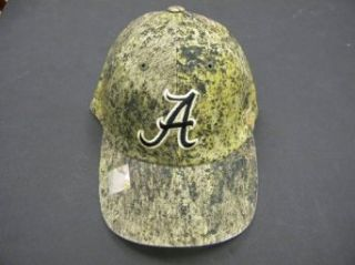 Mossy Oak Alabama College Football Hat: Clothing