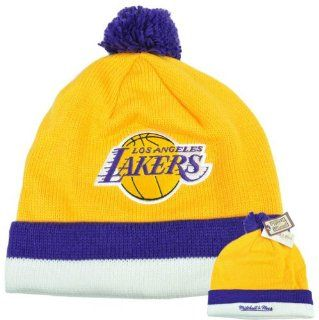 NBA Mitchell Ness KE31 Jersey Stripe Cuffed Pom Knit