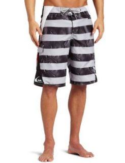 Quiksilver Mens Tsunami 22 Inch Boardshort Clothing
