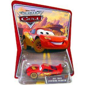 Disney / Pixar Dirt Track Lightning McQueen   World of