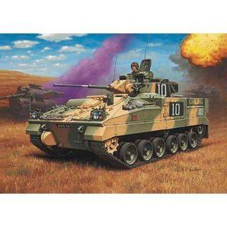 Revell   Warrior MCV Nombre de pièces  132. Longueur  9.1 cm