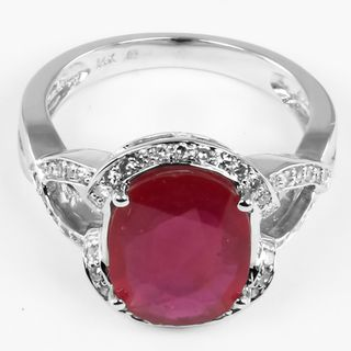 14k White Gold Ruby and 1/4ct TDW Round cut Diamond Ring (I J, I1 I2