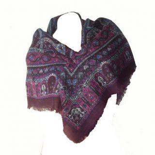 100% laine violet prune fushia idée cadeau   Dimensions 100 X 100 cm