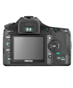 Pentax K200D Digital SLR Camera with 18 55mm Lens