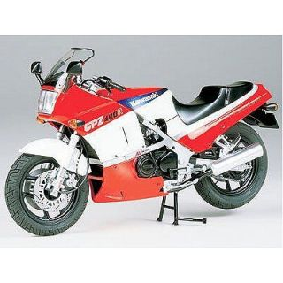 GPZ 400 R   Achat / Vente MODELE REDUIT MAQUETTE Kawasaki GPZ 400