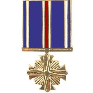 Distinguished Flying Cross Medal Hat Pin