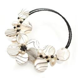 Charming Zebra Pattern Mother of Pearl Choker/Necklace (Thailand