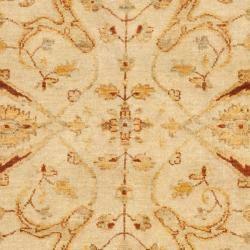 Pakistani Hand knotted Peshawar Ivory/ Rust Wool Rug (4 x 6