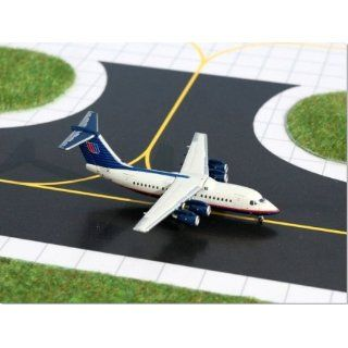 Gemini Jets Bae 146 200 United Express Model Airplane