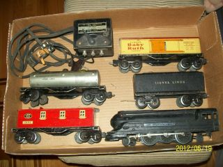 PRE WAR LIONEL 027 TRAIN SET ENGINE 1668 TENDER 3 CARS TRANSFORMER AND