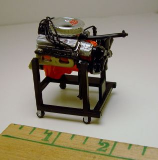 RARE 1 24th Scale Chevy 302 V8 Engine Stand Diorama Prop HTF