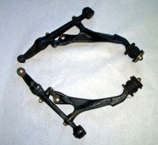96 97 98 99 00 Honda Civic Lower Control Arm Set Left and Right Front